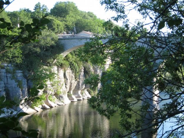 """Ardèche vom Campingplatz """"du Pont"""" in Pradons"""