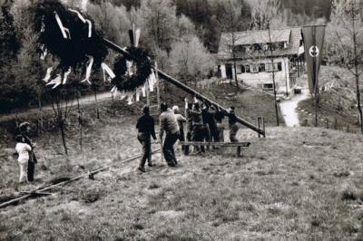 1961 001 Hütte 1 Mai.jpg