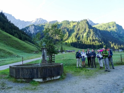 20170804 NF_Hochgebirgswanderung_Sascha-194.jpg